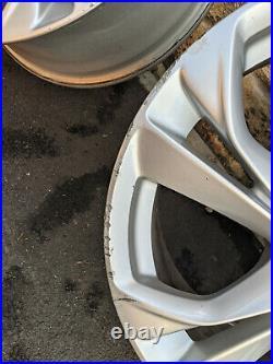 Vauxhall Astra 2016 17 inch 5 stud wheels + TPMS valves